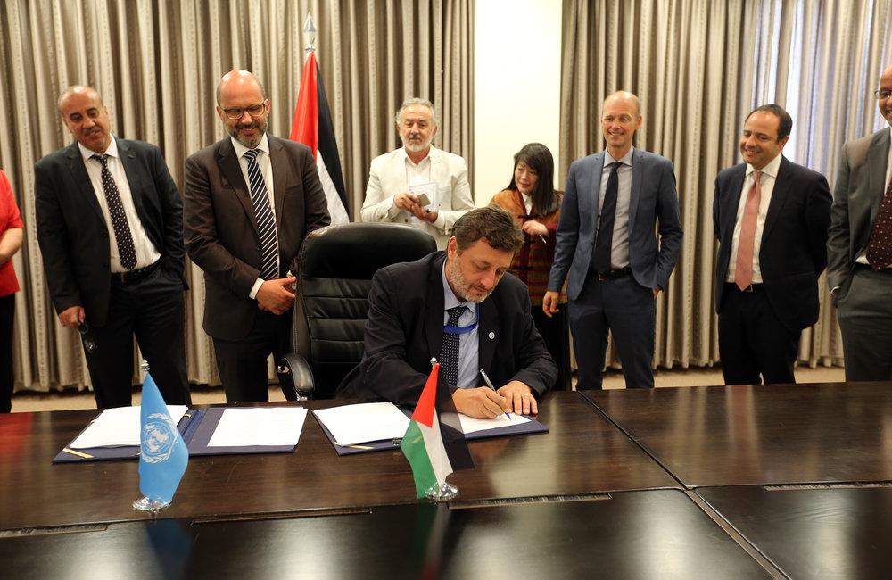 FAO Head of Office, Mr. Ciro Fiorillo, signs the 2018-2022 UNDAF in Ramallah