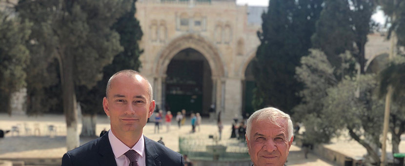United Nations Special Coordinator, Nickolay Mladenov meets with the Director of Jerusalem Waqf Department, Sheikh Azzam Al-Khatib